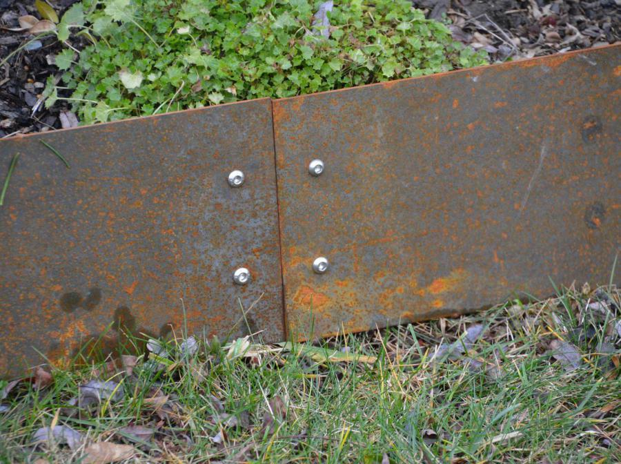 Rasenkanten Beeteinfassung aus Metall